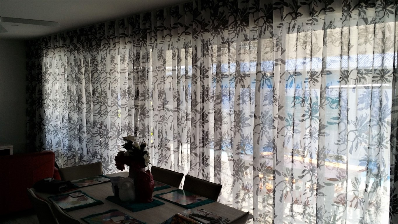 floral print pattern sheer linen look wall to wall ceiling to floor S-Wave S-fold